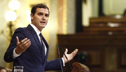 """Albert Rivera dice a Iglesias que en el Congreso """"si pega a los demás, recibe"""""""