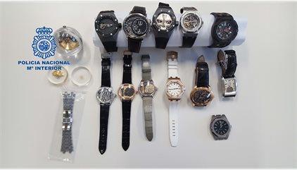 Recuperen 12 rellotges suïssos amagats a Barcelona amb un valor de 850.000 euros