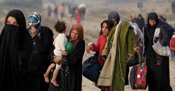 """Estado Islámico secuestra a """"decenas de miles"""" de civiles en Mosul para..."""