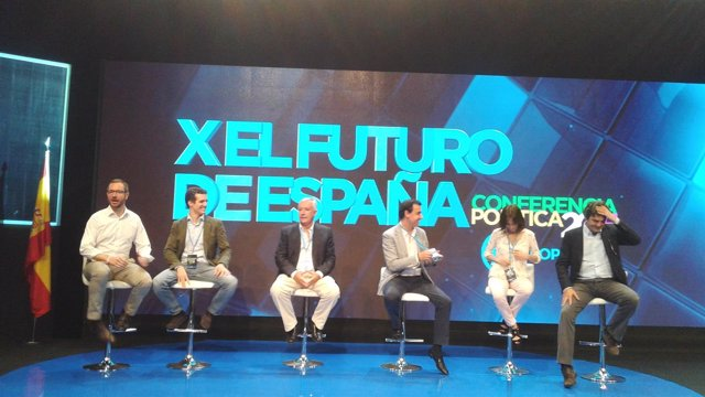 Dirigentes del PP en la Conferencia Política del partido