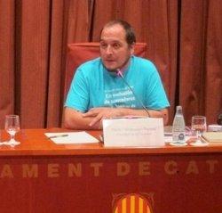 Un neonazi anirà a judici per amenaçar de mort l'exdiputat de la CUP David Fernández (EUROPA PRESS)