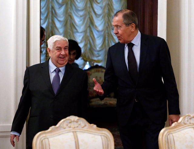 El ministro de Exteriores ruso, Sergei Lavrov, y su homólogo sirio, Al Muallem