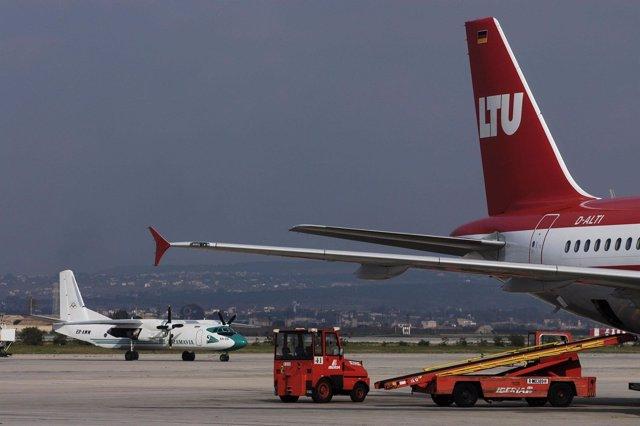 Aviones en el aeropuerto de Palma de Mallorca