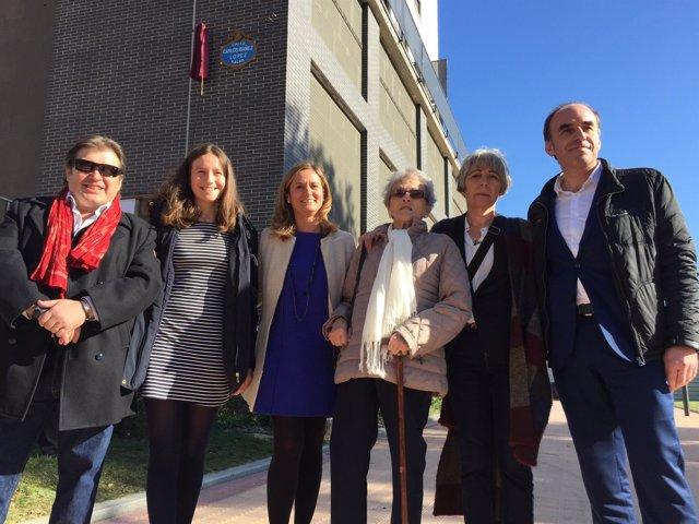 Amaia del Campo y la familia de Carlos Ibáñez