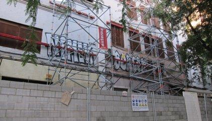 El Govern de Colau haurà d'enderrocar el teatre Arnau per deficiències estructurals