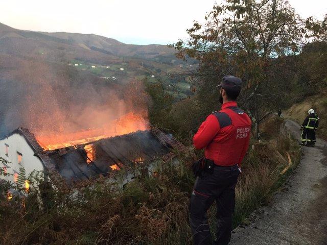 Incendio de un caserío en Goizueta
