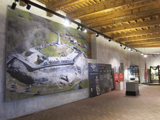 Exposición retrospectiva del castillo de Amaiur