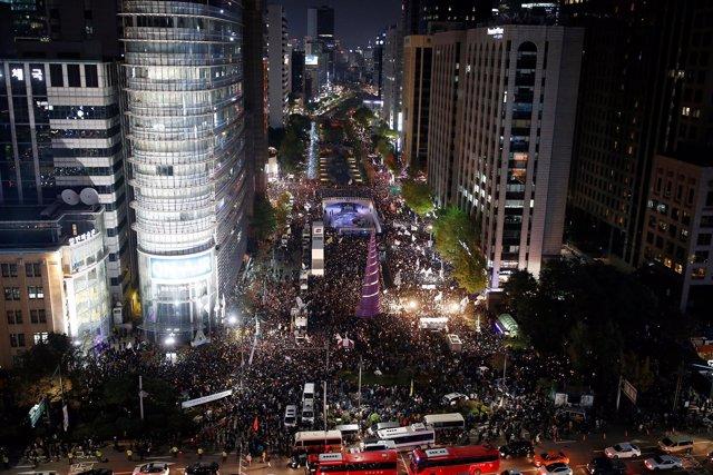 Manifestación contra Park en Seúl