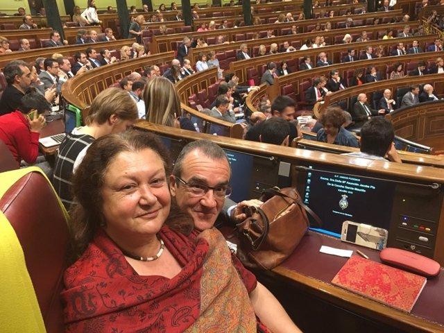 Los diputados de Podemos por Baleares Juan Pedro Yllanes y Mae de la Concha