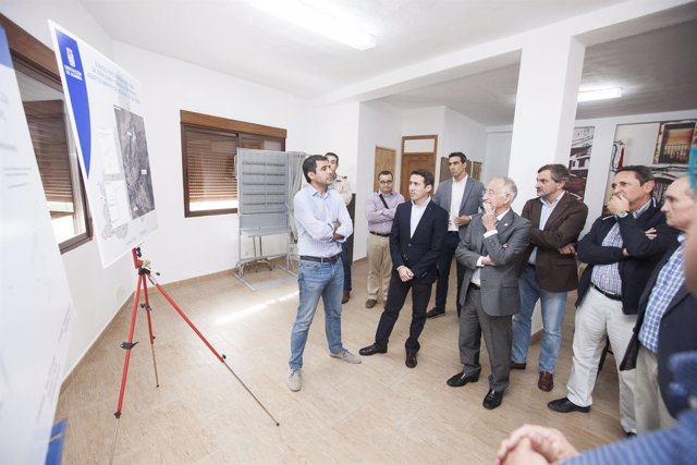 La Diputación de Almería invierte para el abastecimiento de agua en Sierro