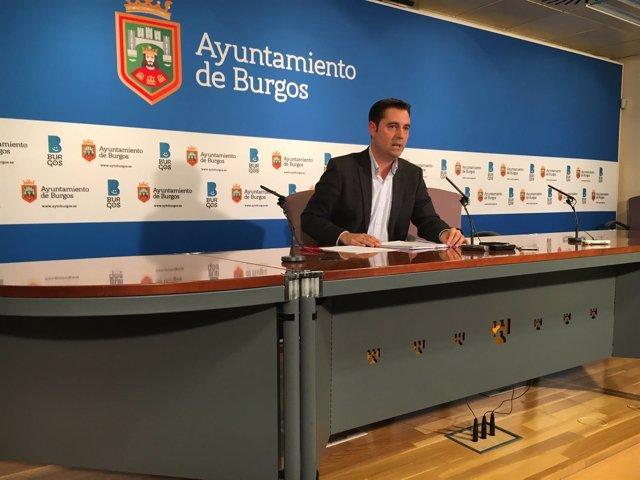 El portavoz del PSOE en el Ayuntamiento de Burgos, Daniel de la Rosa