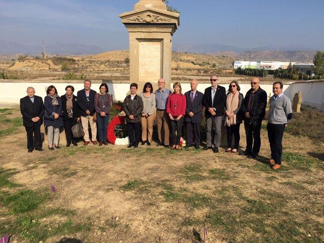 Ofrenda en Huesca a los primeros republicanos de las Cinco Villas