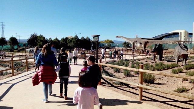 Dinópolis recibe 6.602 visitantes en el puente de Todos los Santos