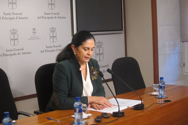 La diputada de FORO y portavoz en materia de agroganadería, Carmen Fernández.