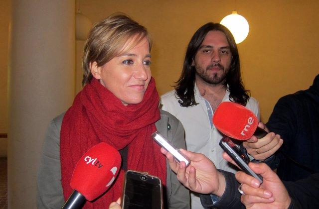 Tania Sánchez en Salamanca