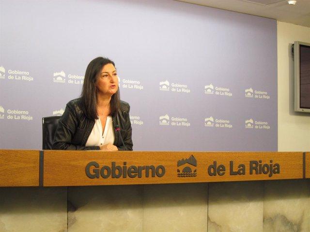 La directora general de Empleo Cristina Salinas analiza desempleo octubre