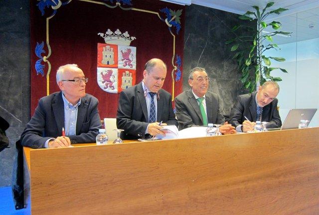 Ignacio Santos en la reunión