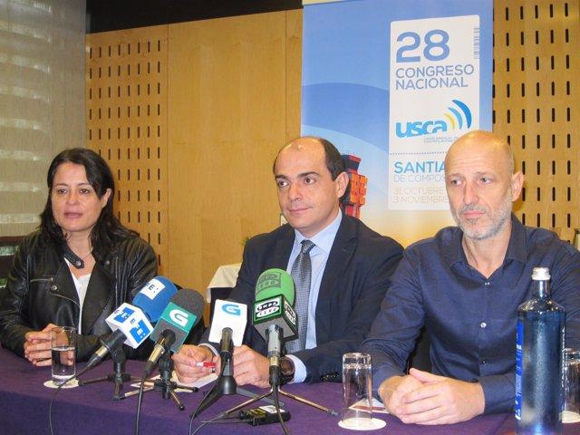 Miembros de la directiva de USCA, con su presidente, Pedro Gragera, en el centro