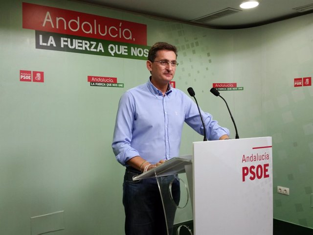 El secretario general del PSOE en Almería, José Luis Sánchez Teruel