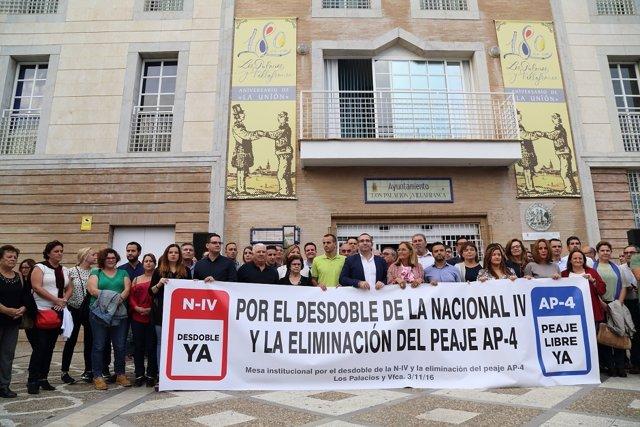 Manifestación por el desdoble de la N-IV y la eliminación del peaje