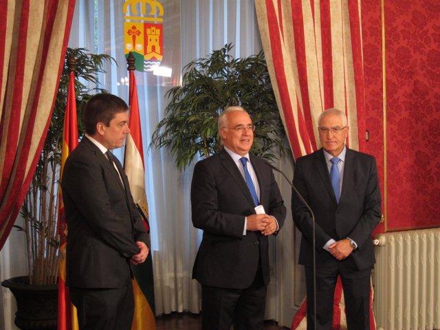 José Ignacio Ceniceros junto a Abel Bayo y Alberto Galiana
