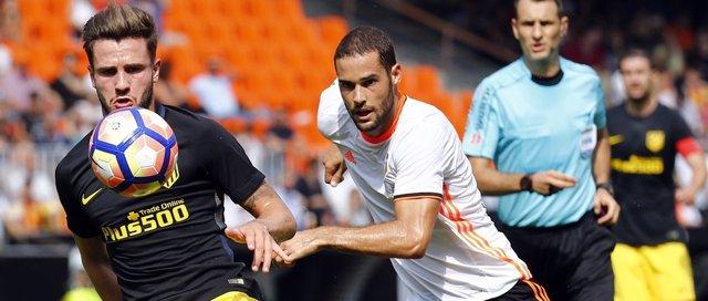 Saúl Níguez y Mario Suarez, Atlético de Madrid contra el Valencia