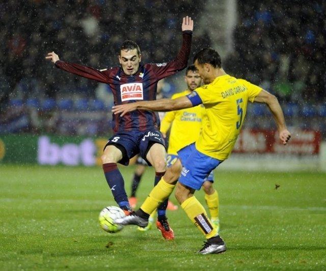 Las Palmas gana al Eibar en Ipurua