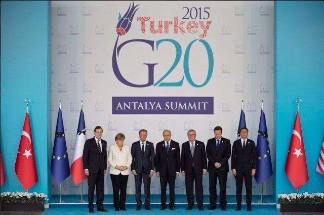 Minuto de Silencio del G20, Mariano Rajoy, Angela Merkel