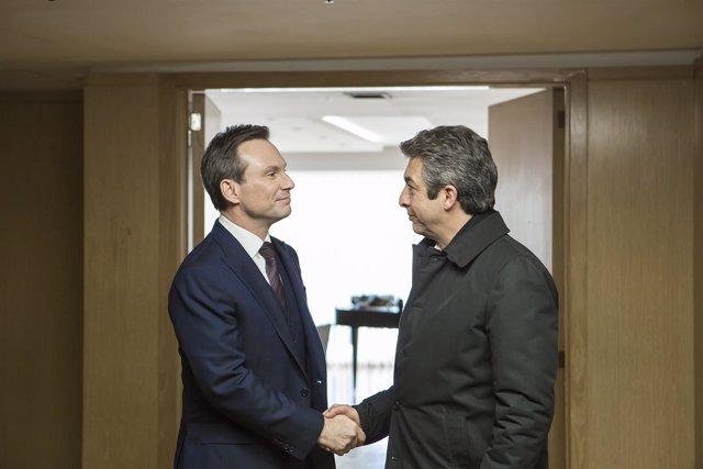 Christian Slater y Ricardo Darín en 'La Cordillera', de Santiago Mitre