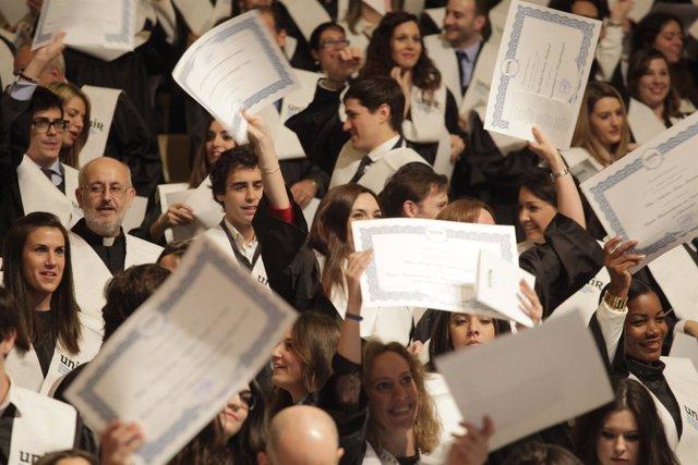 Fotos Graduación De Postgrados UNIR 2016