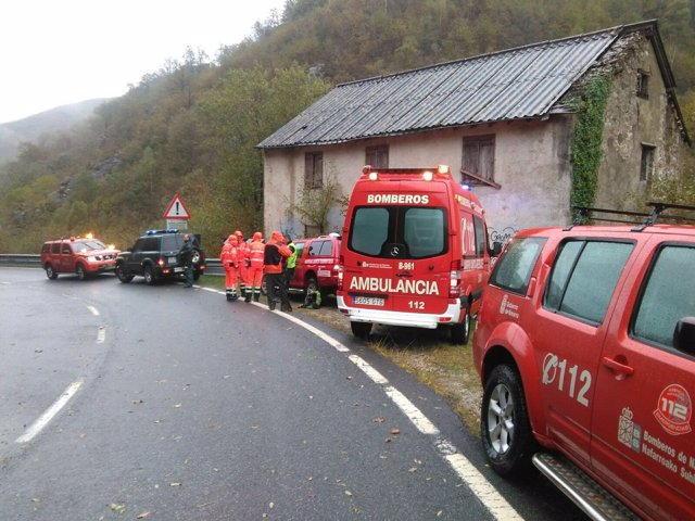Equipo de rescate de la Policía Foral en Valcarlos