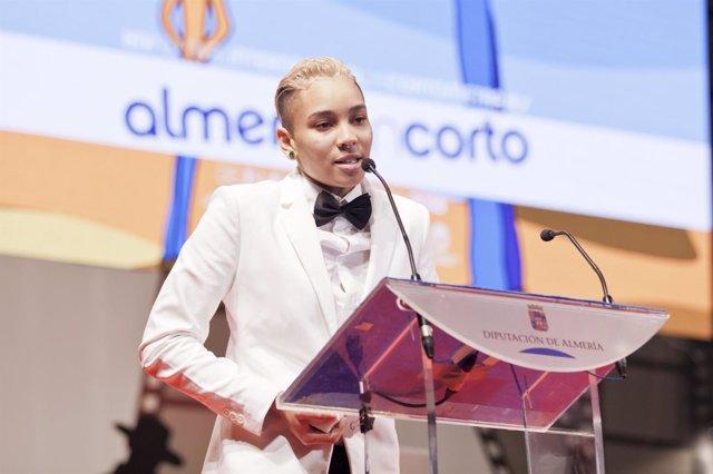 Ganadora del premio de la APAL en Fical 2015