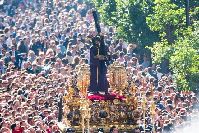 Traslado del Señor del Gran Poder en Sevilla