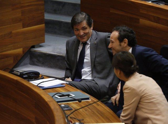 El presidente del Principado, Javier Fernández, en la Junta