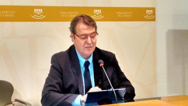 El diputado Tomás Martínez Flaño