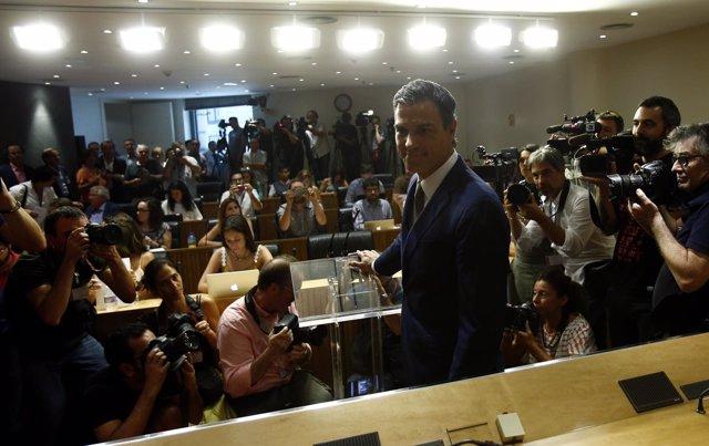 Rueda de prensa de Pedro Sánchez tras su reunión con Rajoy
