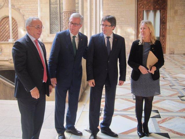 A.Blanco (COE),alcalde J.F.Ballesteros,pte.C.Puigdemont,consellera N.Munté