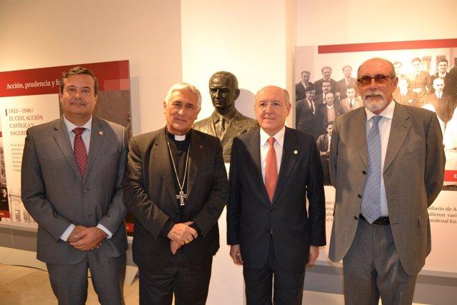 NP Y Foto Inauguración De La Exposición 'Herrera Oria, Su Tiemp Y Su Obra, Una V