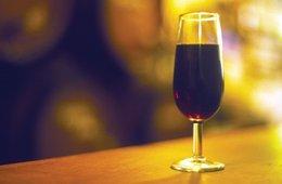 Copa de vino, vino, Málaga, DO Sierra de Málaga,