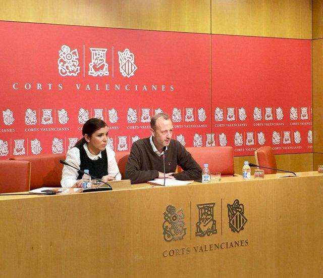 María del Carmen Sánchez y Alexis Marí en la rueda de prensa
