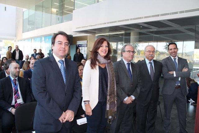 Autoridades durante el encuentro de empresas de Córdoba y Algeciras