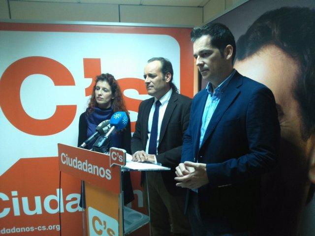 Juan Cassá, Alejandro Carballo y Beatriz González