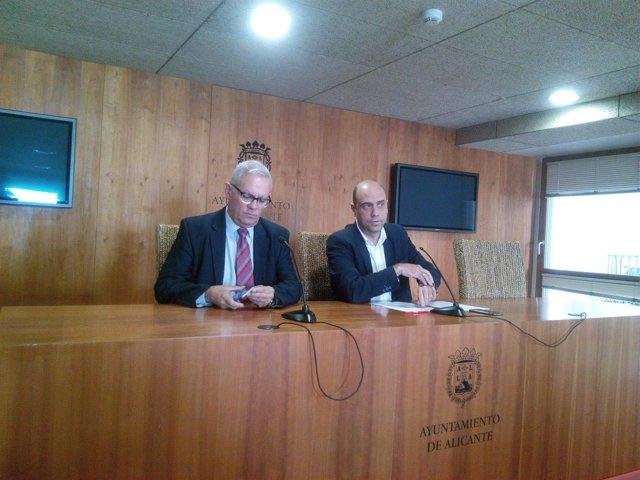 De Gea y Echávarri en rueda de prensa