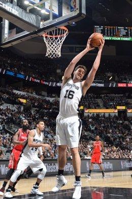 Pau Gasol en el San Antonio Spurs- Houston Rockets