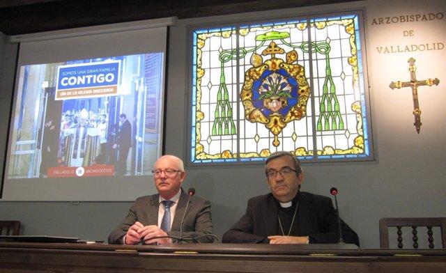 Argüello (d) y Conde (i) en rueda de prensa
