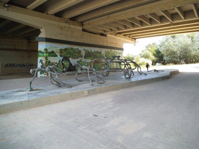 "Escultura ""The Water wagon"" vandalizada"