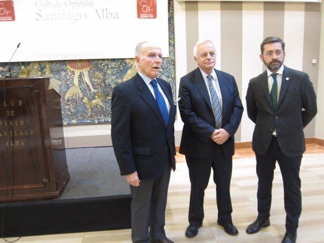 Conferencia en el Club de Opinión Santiago Alba