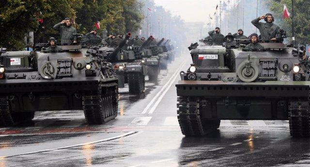 Desfile militar en Varsovia