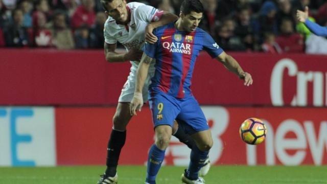 Luis Suárez en el Sevilla - Barcelona