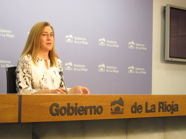 La portavoz del Gobierno, Begoña Martínez Arregui, informa del Consejo